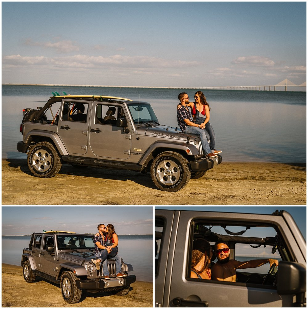 tampa-photographer-engagement-skyway-fortdesoto-jeep-sunset_01.jpg
