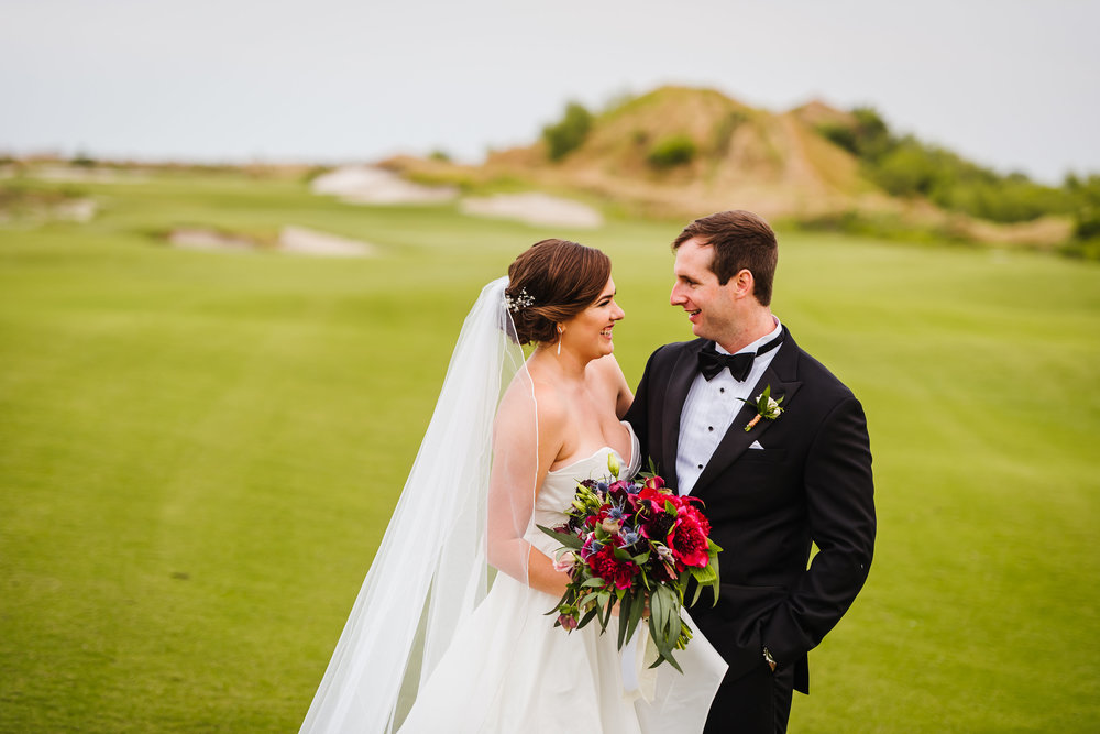Tampa-Wedding-Photographer-Streamsong-Resort-Golf-Course-Bouquet.jpg