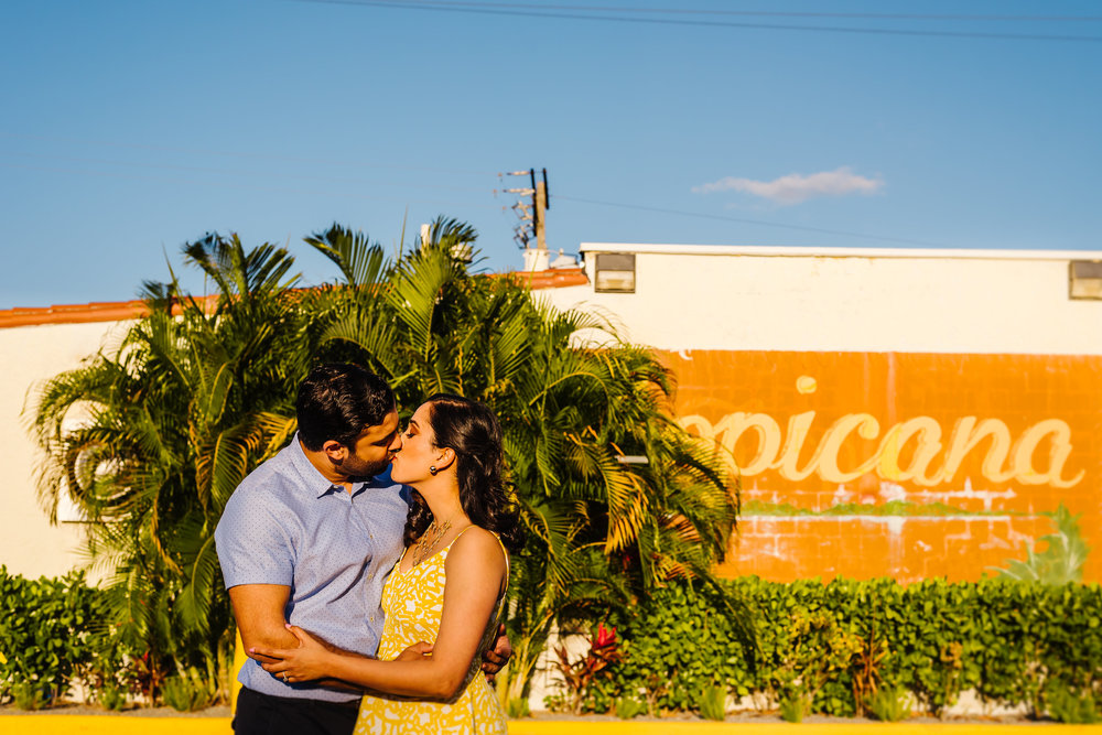 Tampa-Engagement-Photographer-Ybor-City-Vintage-Florida.jpg
