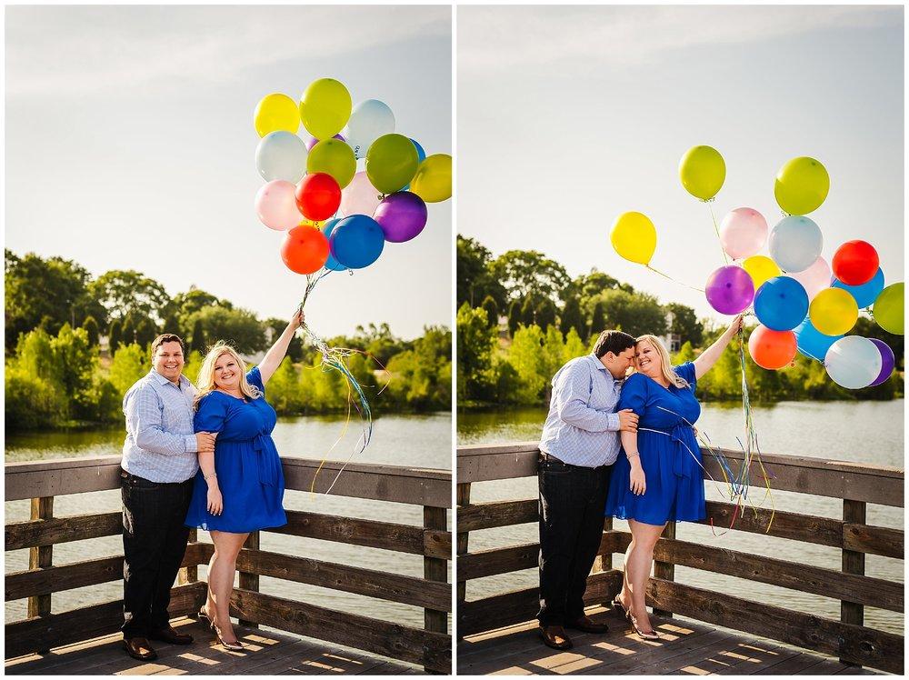 balloons-smoke-bomb-engagement_2.jpg