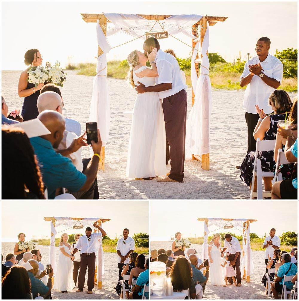 post-card-inn-wedding-photographer-twins-beach-bubbles_0016.jpg
