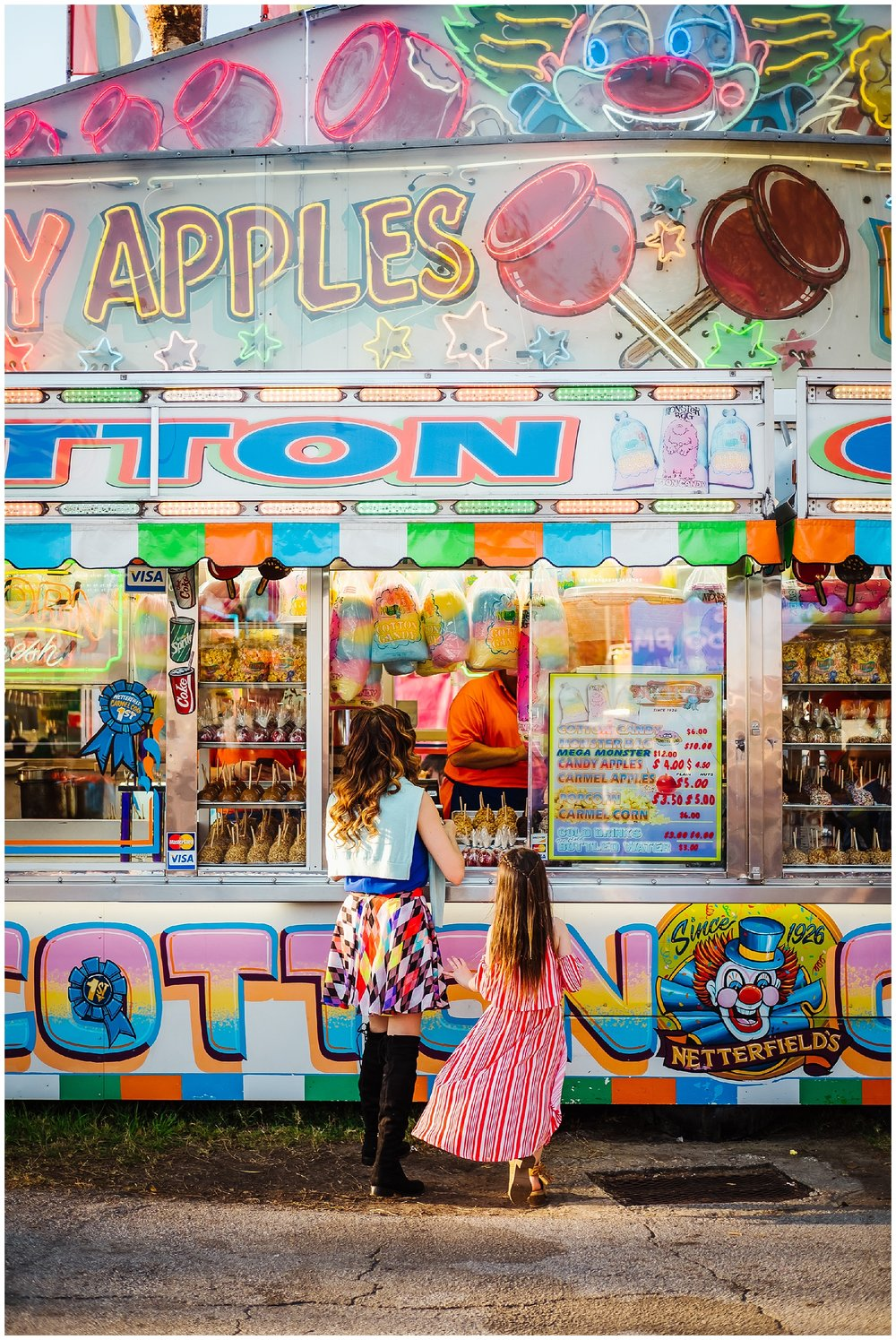 Tampa-colorful-fair-amusement park-dani family session_0004.jpg