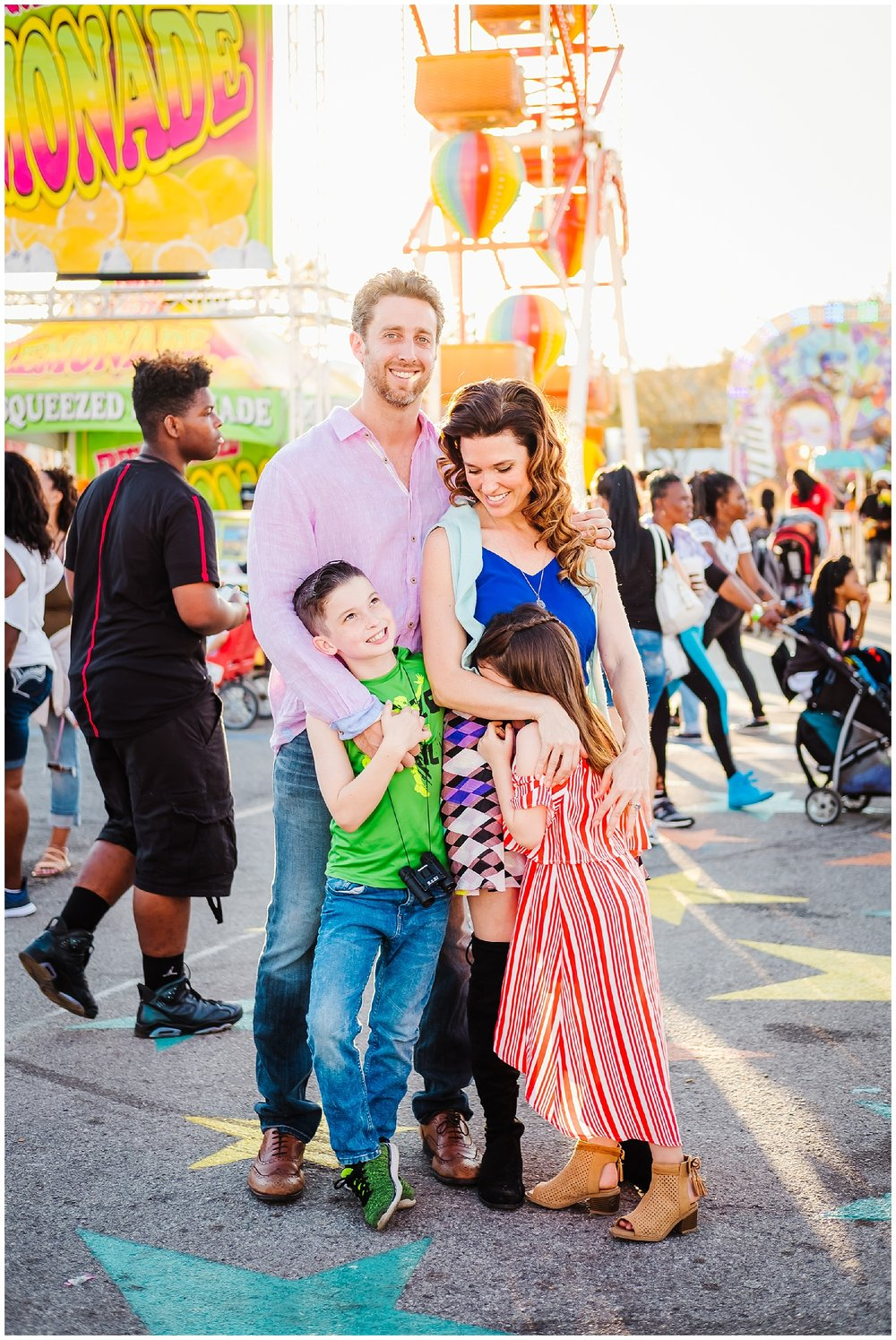 Tampa-colorful-fair-amusement park-dani family session_0008.jpg