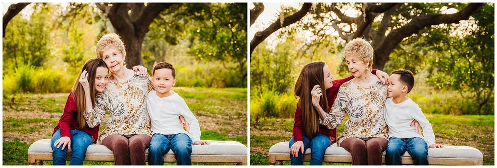 tampa-oak tree-park-holiday-gender reveal-family session_0033.jpg