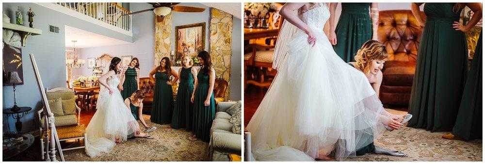 cross-creek-ranch-tampa-wedding-photographer-lush-green-white-florals_0013.jpg