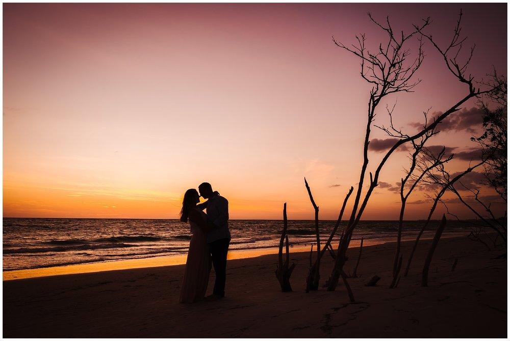 longboat-key-engagement-session-sunset-photography-florida_0157.jpg