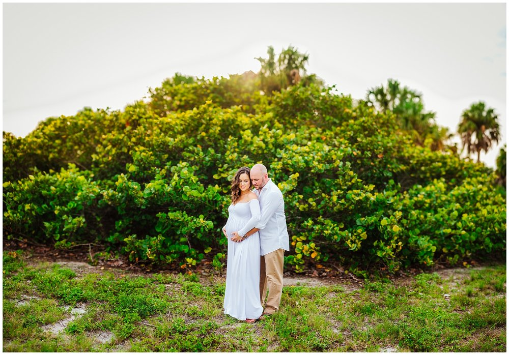 fort-desoto-maternity-photos-florida-beach-sunset_0008.jpg