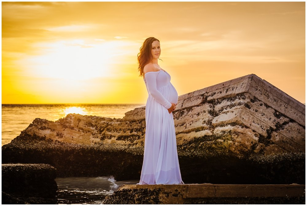 fort-desoto-maternity-photos-florida-beach-sunset_0033.jpg