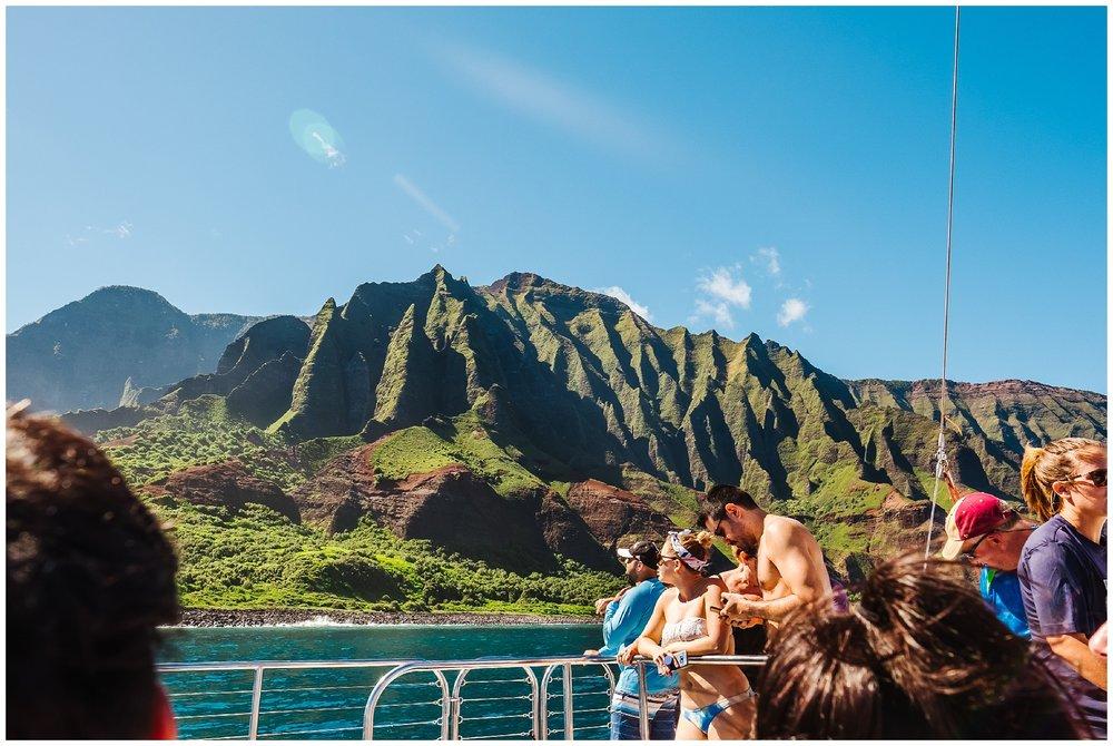 destination-wedding-hawaii-kauai-grand-hyatt-resort-napali-coast-sail_0013.jpg