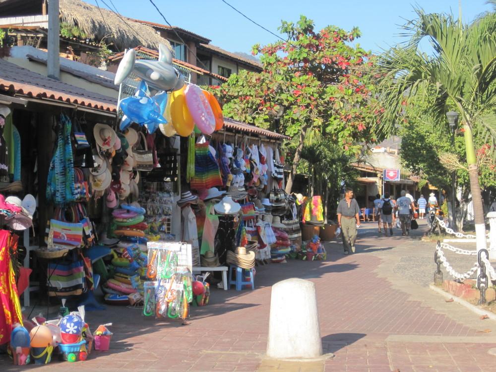 Streets of Zihuatanejo.JPG