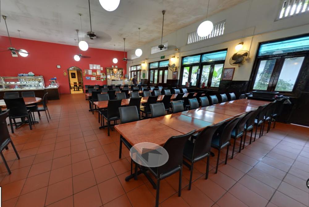 Samy's Curry Restaurant Address: 25 Dempsey Road, S249670 Contact:6472 2080 Website:http://www.samyscurry.com/