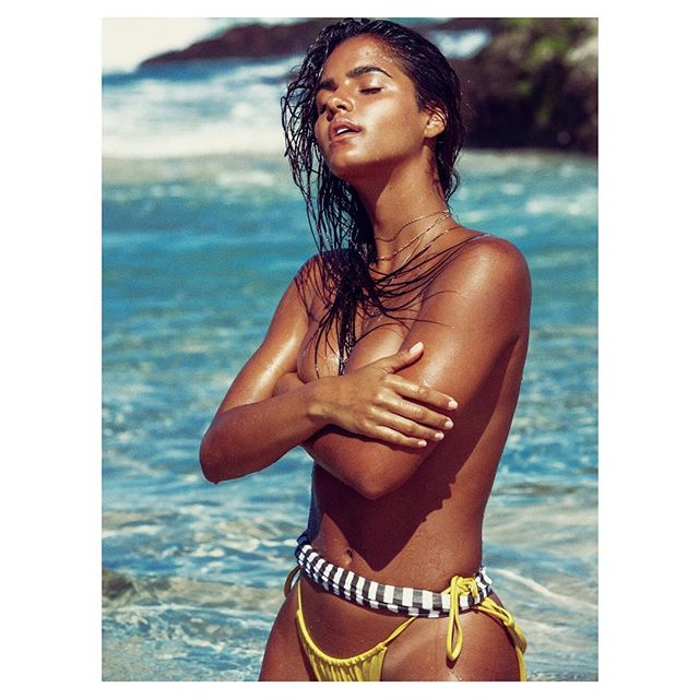So from bumping into this model @juliamuniz on a #miami #beach ,to shooting in #byronbay a month later #smallworld #outtake from @pennyland.co #makeup @ashleapenfold #stylist @marisasidoti #video @mikecalvino #good #tan #swimwear #bikini #georgefavios