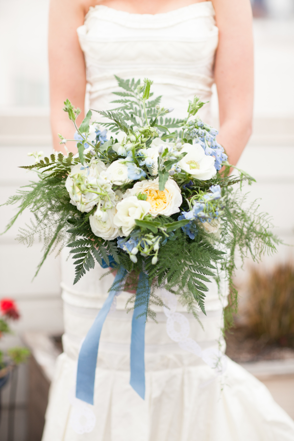 Blue-Ribbon-Tied-Bouquet-600x900.jpg
