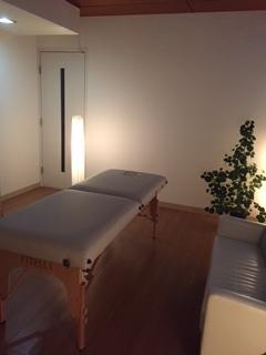 施術用個室とマッサージテーブルも レンタルしております!