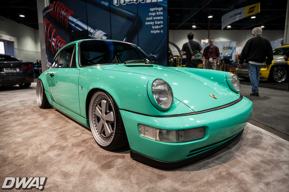 Porsche 964 at the H&R booth