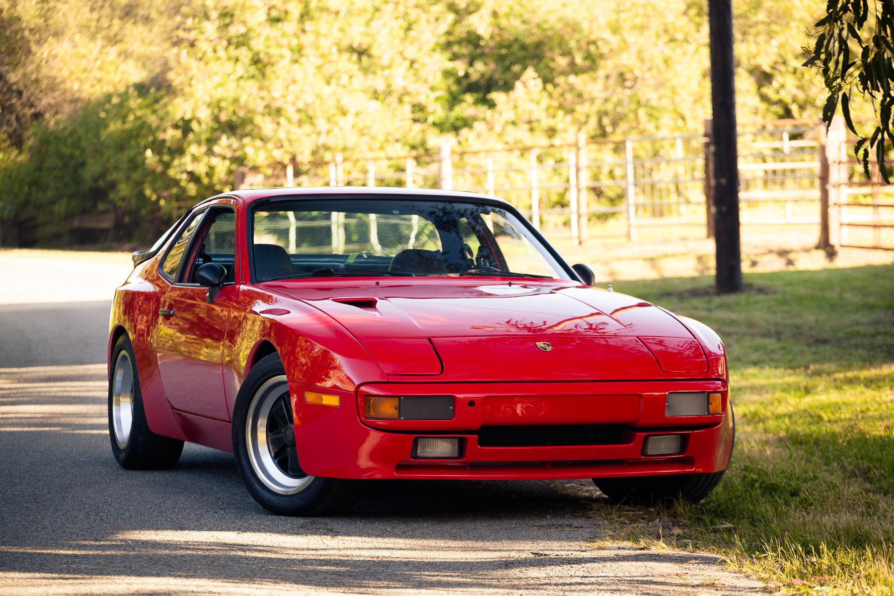 Project Car / 1985 Porsche 944
