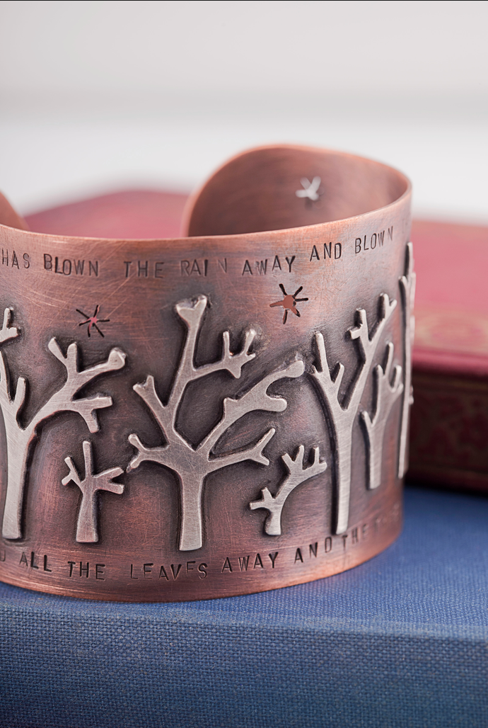 The beautifully sculpted 'Tree Cuff' by Resonate by amy