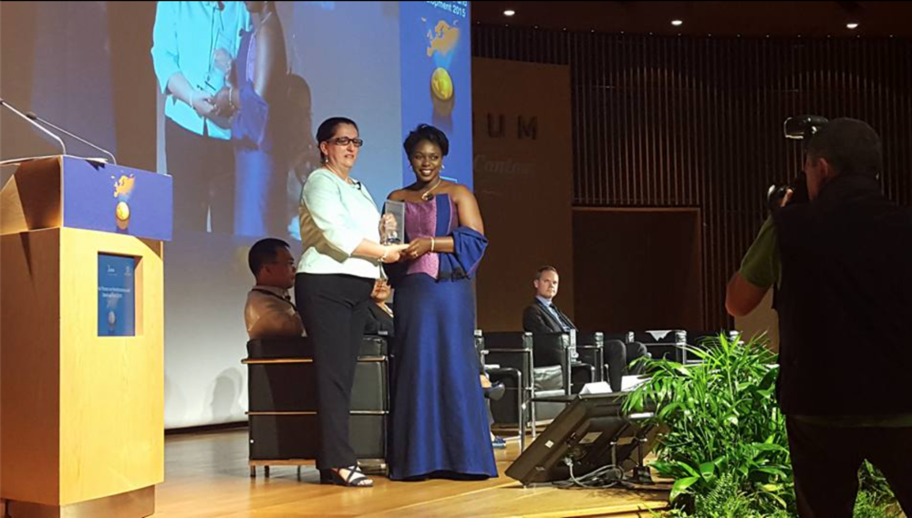 Mame Khary Diene, founder and CEO of the Bioessence Laboratories receiving her award in the category of diaspora entrepreneurship at the 2015 UN IFAD Awards