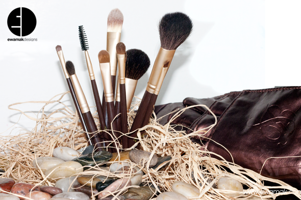 suziebeauty brushes shot by ewamak (7).png