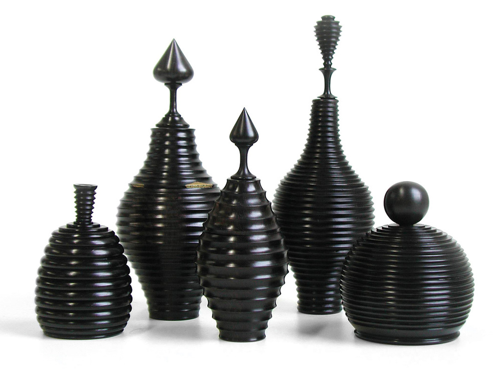 Image credit: Centro de Artes Africana, Wooden Vessels - courtesy Deborah Mason for Aid to Artisans. Featured in  Contemporary Design Africa , a book by Tapiwa Matsinde