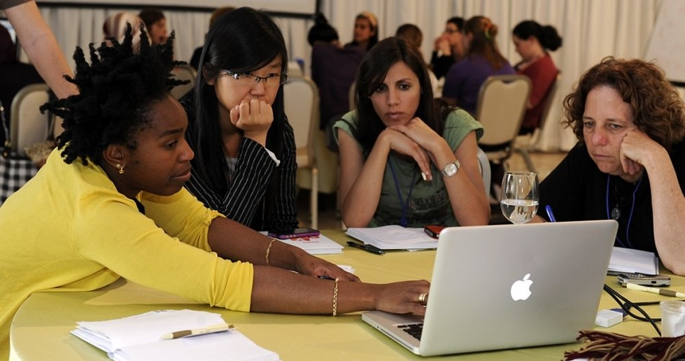 women-peer-mentoring.jpg