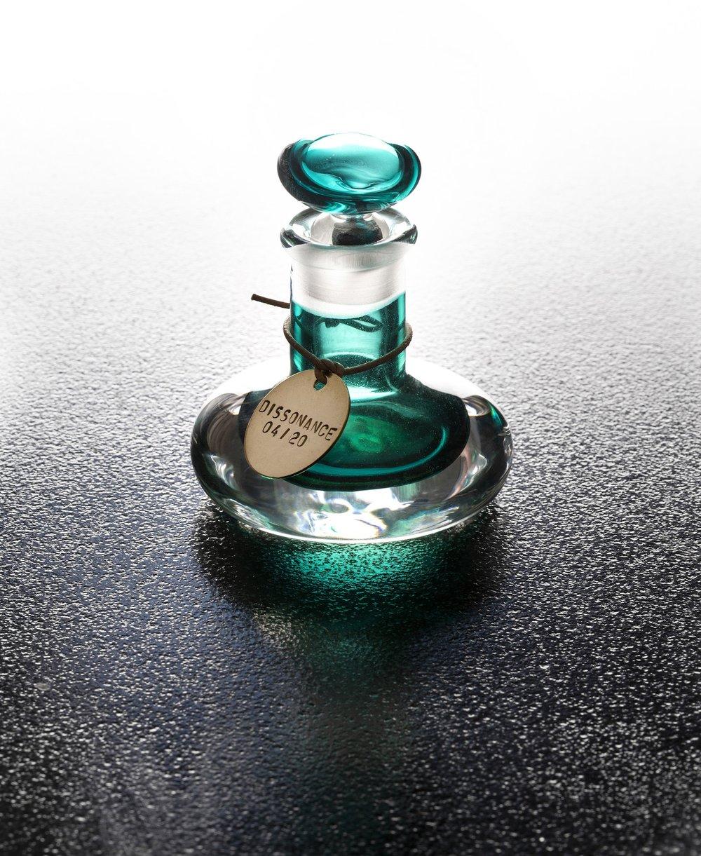 Dissonance-Perfume.jpg