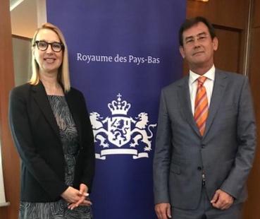 Melanie Hawken & Ambassador Robert van den Dool