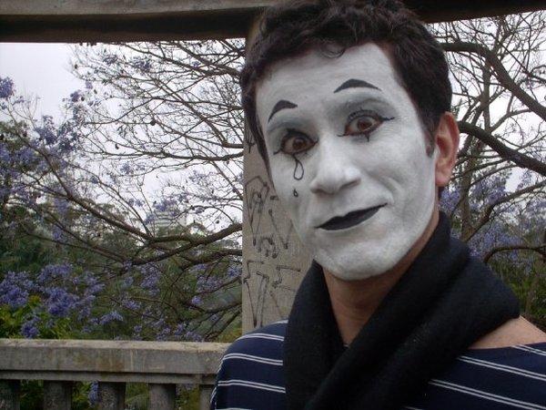 short movie Academia Internacional deCinema- Sob Máscara.   October2009