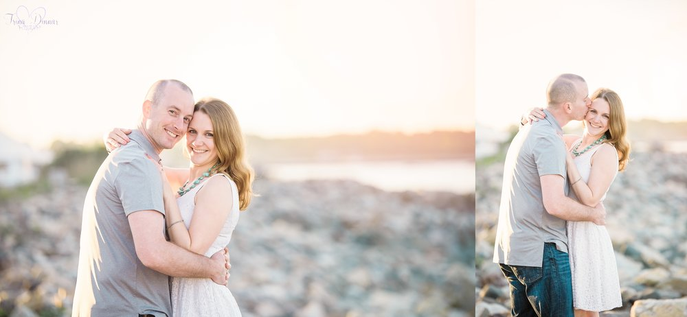 Maine Engagement Photographer photographs sunset portraits throughout New England.