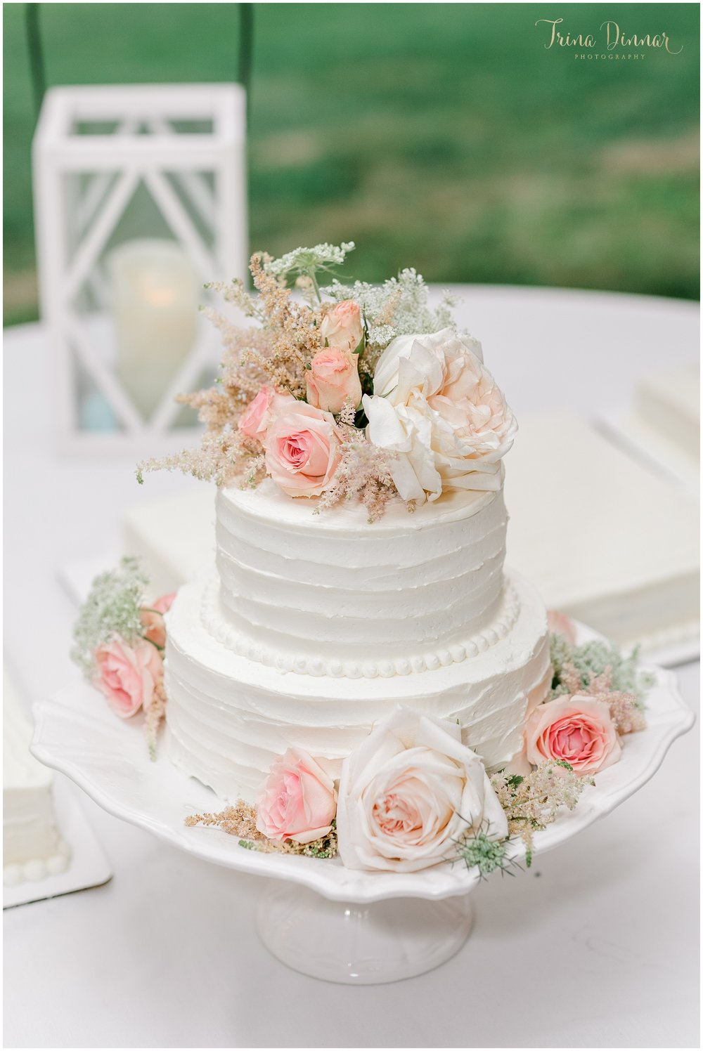Koree's Bakery Maine Wedding Cake