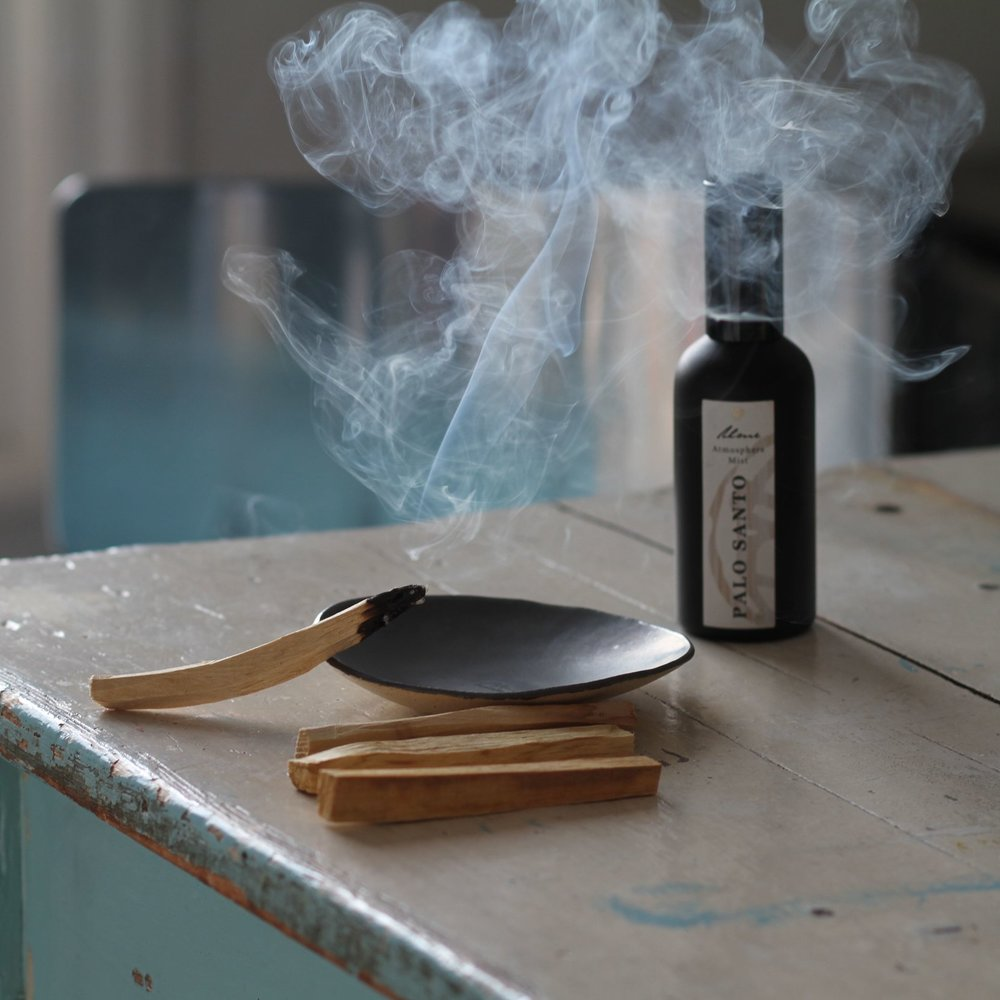 Smudging with Palo Santo Atmosphere Mist