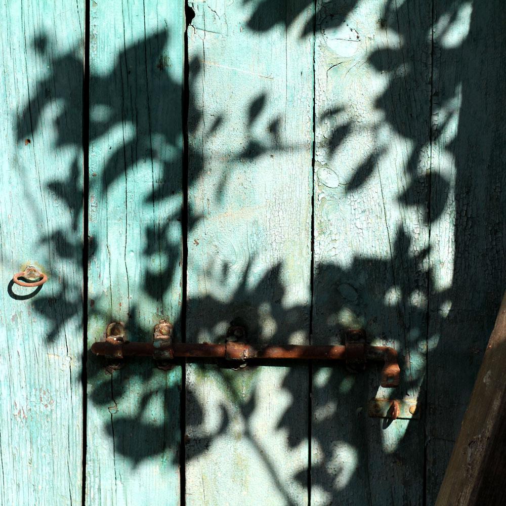 WEB_tuscan-doorway_sq.jpg