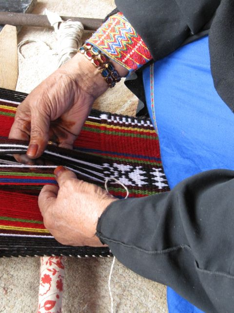 weaving in the souq.jpg