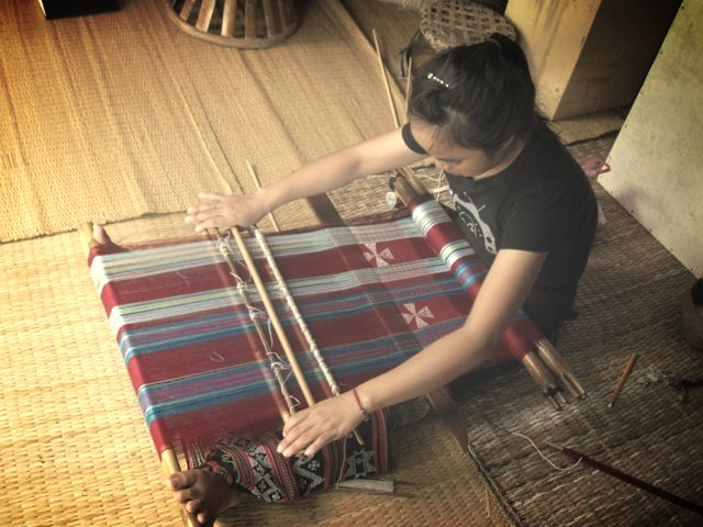 katu backstrap weaving