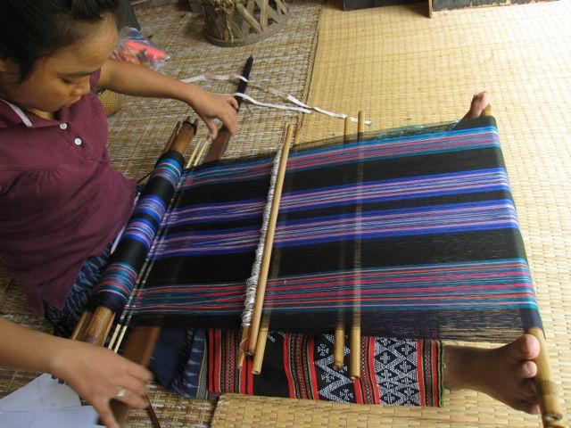 katu weaving laos