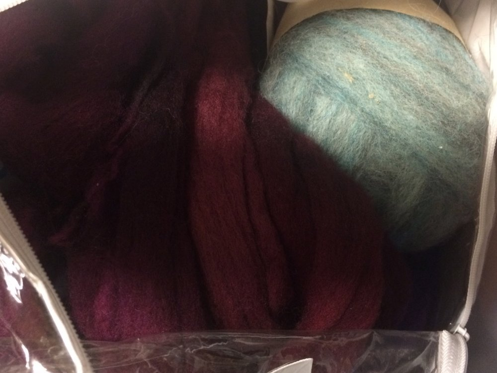 Wouldn't these look great together? Recent acquisitions from Abstract Fibers and Abundant Earth. (I seem to have lost the ability to resize photos in this website, so bear with me as I go from too big to too small.)