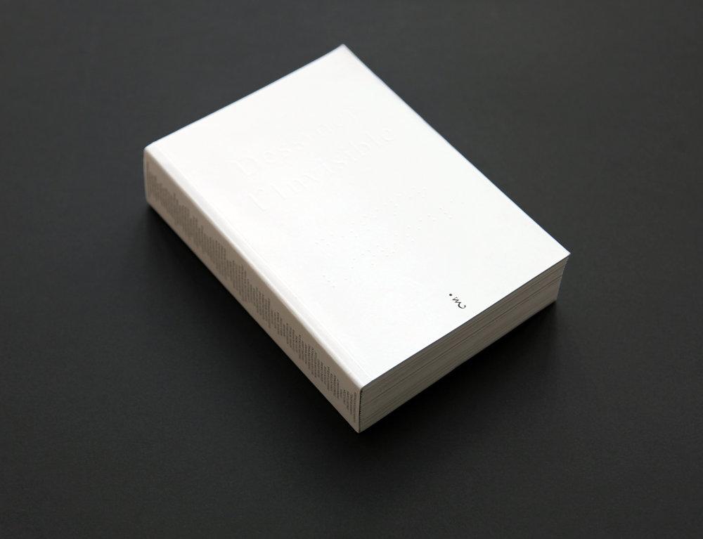 Dessiner l'Invisible - La porte de l'Invisible est nécessairement visible. René DaumalCatalogue de l'exposition, 700 p., 69 artistes