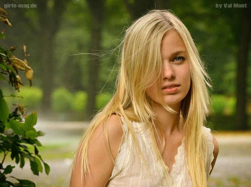 Elena--001_0569gm1000.jpg