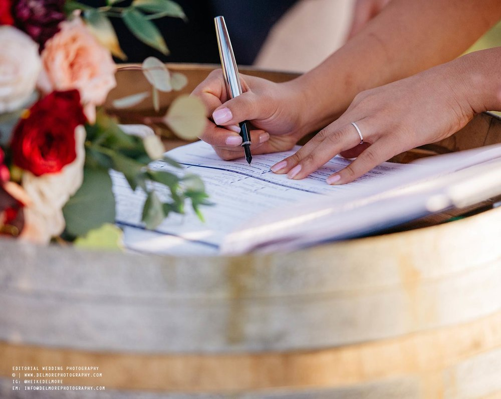top-windsor-winery-wedding-photographer-044.jpg