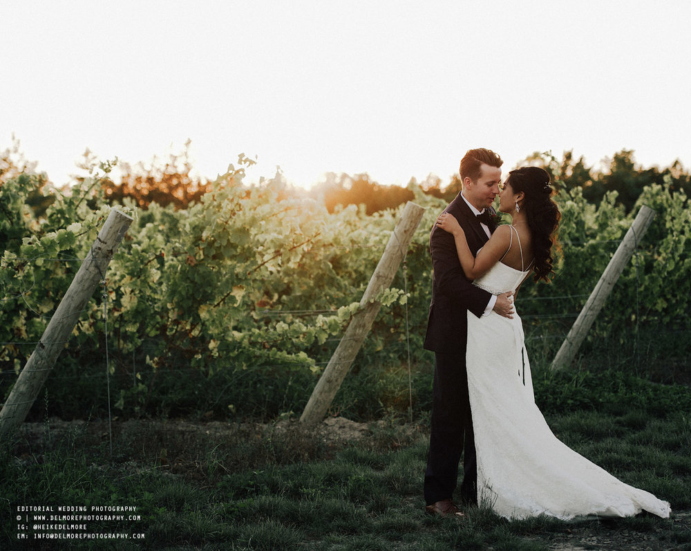 top-windsor-winery-wedding-photographer-059.jpg