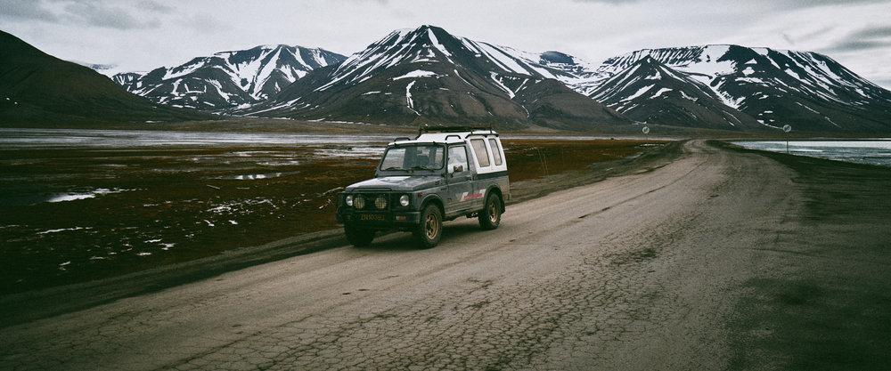 Sval_Jeep_241.jpg