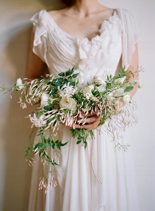 amy-osaba-elizabeth-messina-poppy-bouquet-jasmine-delicate-wedding-flowerselizabeth+messina_MONDAY_0032.jpg