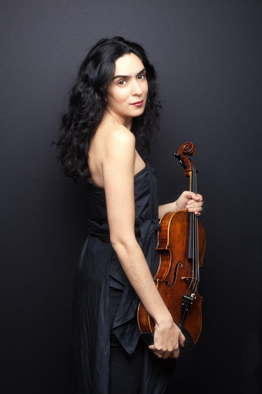 Meena Bhasin, viola
