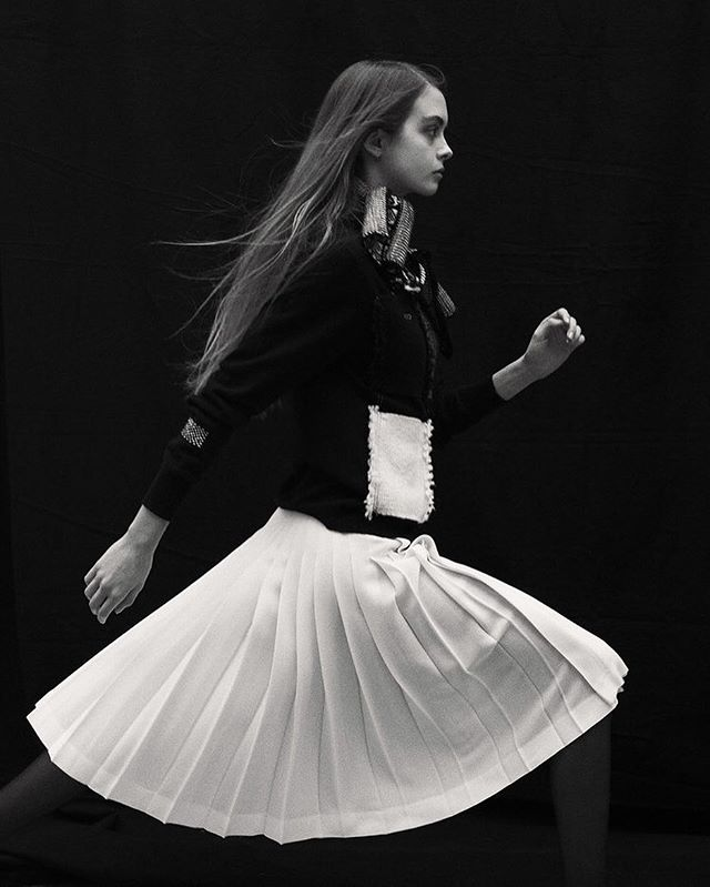 Wishing everyone a magical Christmas. Lucky & Thankful to work with such talented friends. 🖤 AW18 Snow White pleats all round Le Kilt. black fine cashmere cardigan with hand woven patch pocket.  Photography: Sam Rock  Styling: Ianthe Wright  Art Direction: Bruce Usher Make Up: Thom Walker Hair: Chris Sweeny Special thanks: Rebecca Griffith, Lisa Mota, Sane PR, Touba London,Lochcarron of Scotland George Cox, Blackhorse Lane, Glenisla Kilts, Sanquhar pattern, Hollie Ward, Sabrina Krauslopez, Paul Phung,  @samrocksamrock @bruceusherstudio @ianthewright @thom.walker @chrissweeneyhair  @sanquharpattern @hollieward_ @sabrinakrauslopez @paulphung @toubalondon @lochcarron_of_scotland