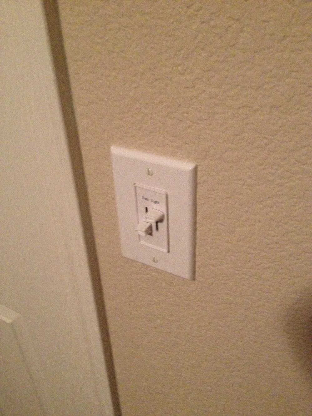 Fan:Light Combo Switch.JPG