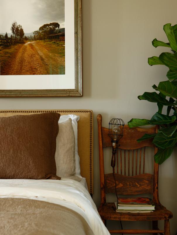 Luna Farm- Bedside Detail_2531 FINAL Credit Jason Varney.jpg