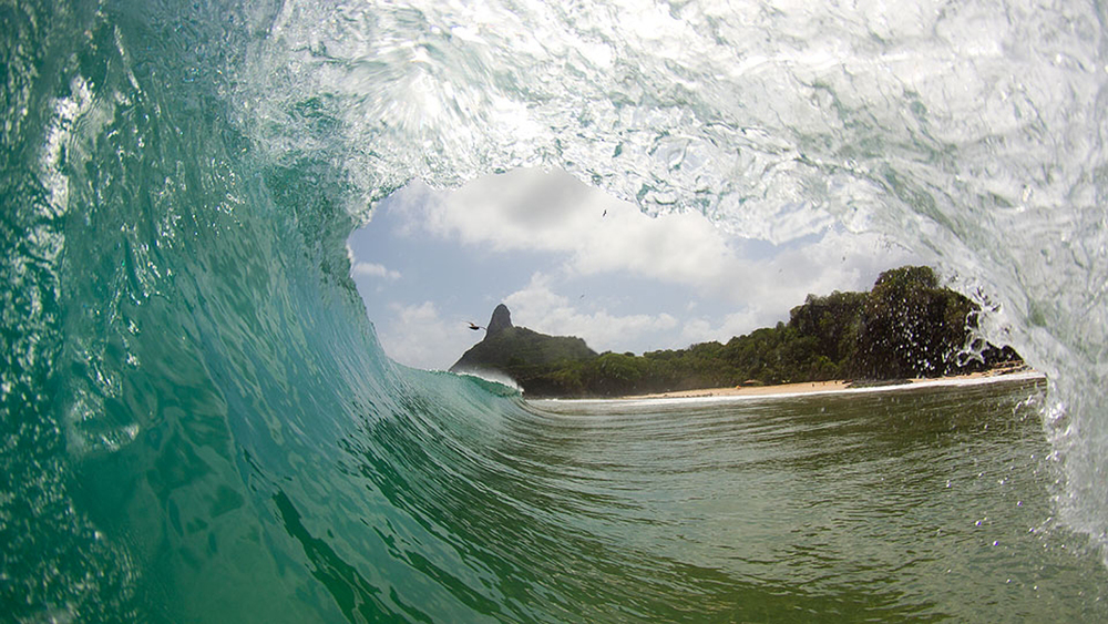 lixo-na-cacimba-luxury-surf.jpg
