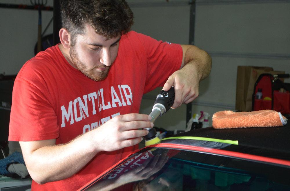 26 - 89TGrli - Chris working with the Rupes iBird Nano.jpg