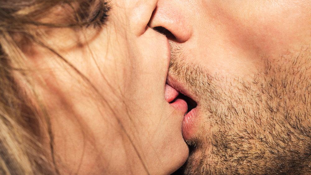 Artz_Kiss_D3B3387.jpg