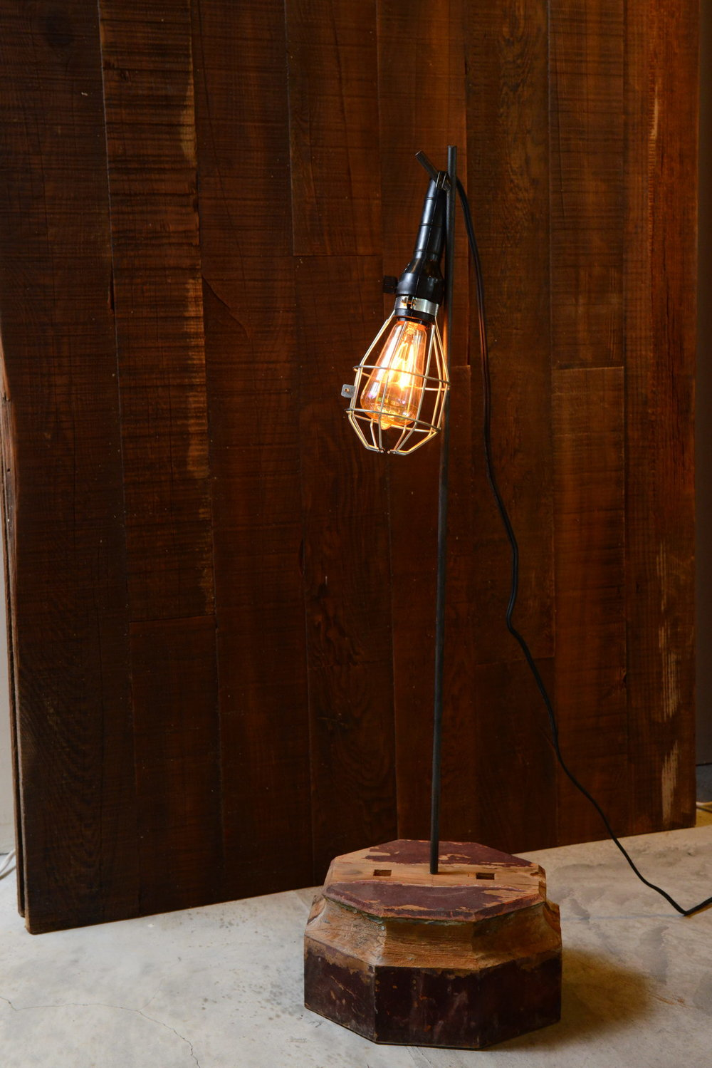 LA02 Bristol old stand lamp - H  已售出/已停售
